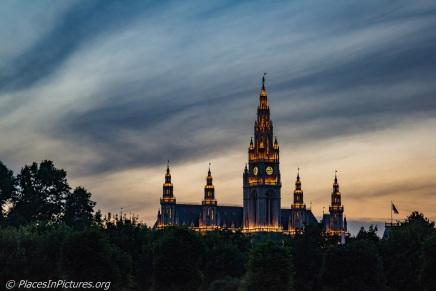 Vienna - Sat LR1-0171